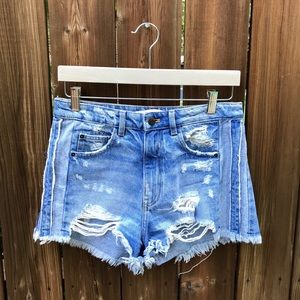 ZARA High-Waisted Distressed Jean Shorts US 6 EUC